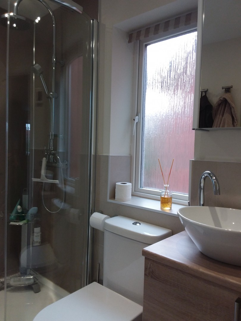 Ensuite in Huntingdon